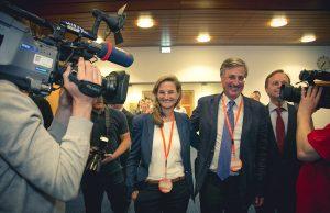 Wahlsiegerin Frau Dr. Patricia Peill im Kreishaus   Foto: Marcel Kanehl