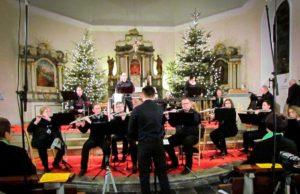 Weihnachtskonzert in der Pfarrkirche St. Martinus   Foto: Flötenorchesters Stetternich