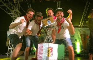 Team Lazarus Strohmanus: Sven WiDu, Jörg Schlader, Max Meier, David Ningelgen