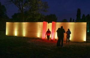 """Das begehbare Labyrinth ist einer Neuheiten beim """"Herbstleuchten"""" im Brückenkopf-Park. Fotos: Dieter Benner"""