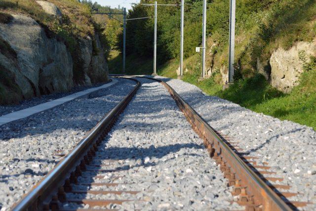 Der Schienengüterverkehr soll größere Beachtung finden, fordert die IHK. Foto: athree23 / pixabay