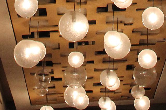 Noch zu haben: Die Lampen von Peill & Putzler. Foto: Dennis Hackhausen